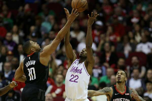 70d25e6b3bcc Injury issues return for Rockets before facing Bucks ...