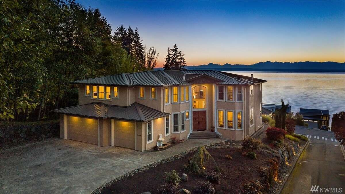 Overlooking the Puget Sound, this 5,783 square foot residence has views to spare. Boasting 5 bedrooms and 4.5 baths, a wine cellar and a large deck, among other amenities. The home is listed for $2.75 million.