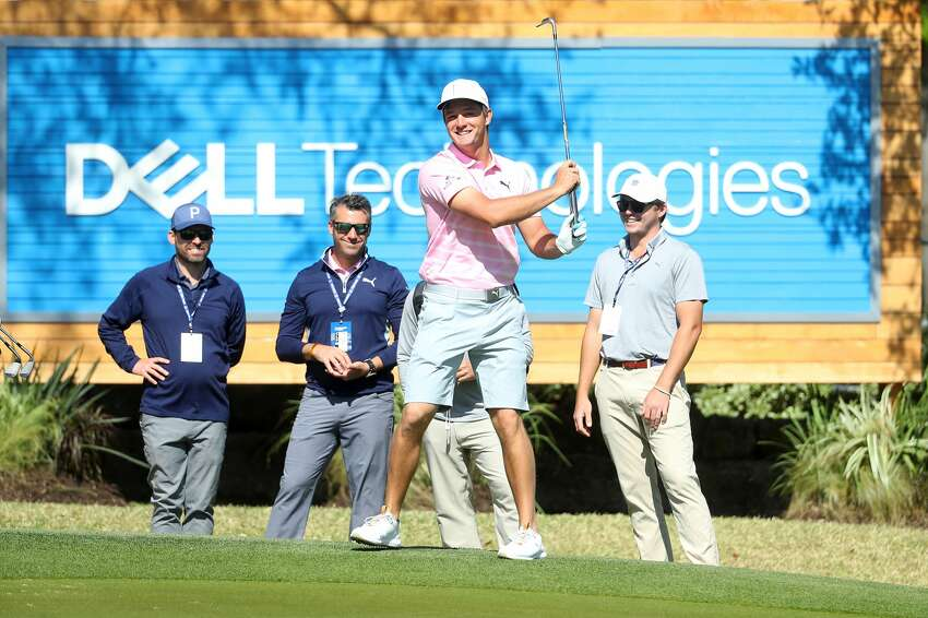 AUSTIN, TEXAS - MARCH 26: Bryson DeChambeau of the USA playing a double hit on the practice chipping green ahead of the WGC Dell Technologies Matchplay on March 26, 2019 in Austin, Texas. (Photo by Warren Little/Getty Images)