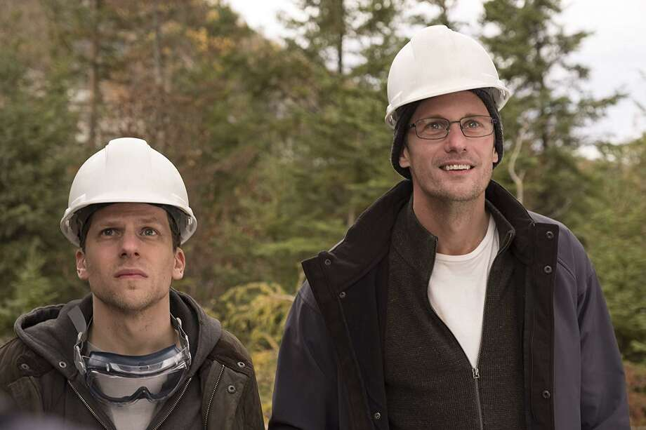 """Jesse Eisenberg (left) and Alexander Skarsgard star in """"The Hummingbird Project"""" (2018). Photo: The Orchard"""
