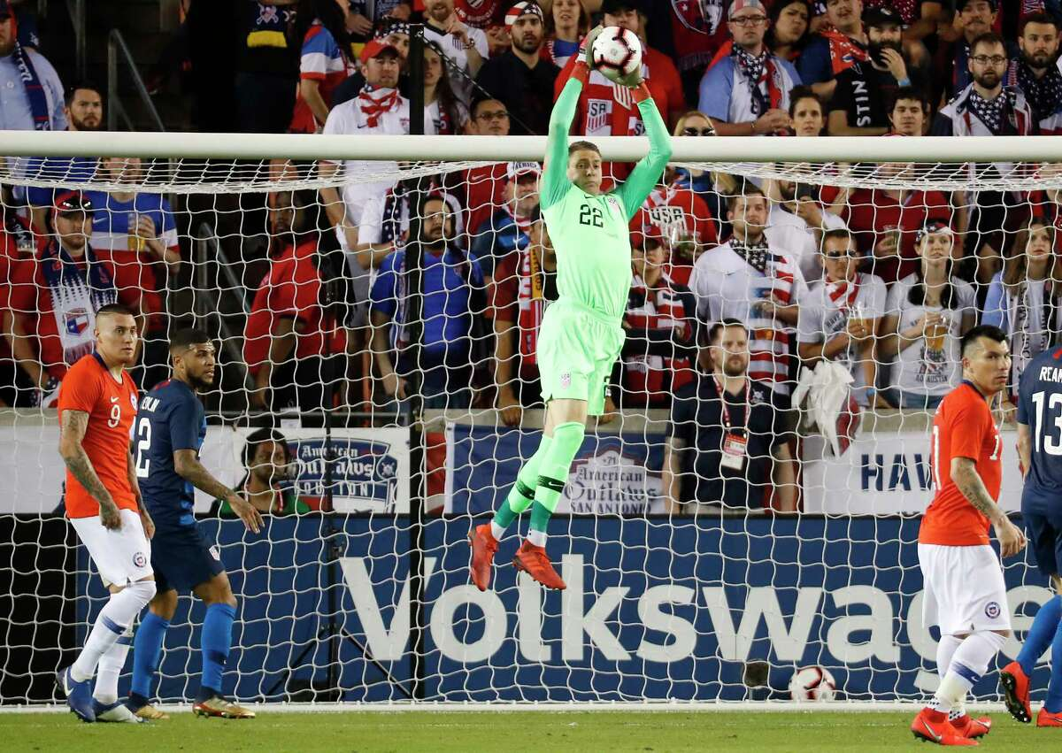 United States goalkeeper Ethan Horvath (22) pulls down a shot toward the goal by Chile during the second half of an international friendly soccer match at BBVA Compass Stadium on Tuesday, March 26, 2019, in Houston.