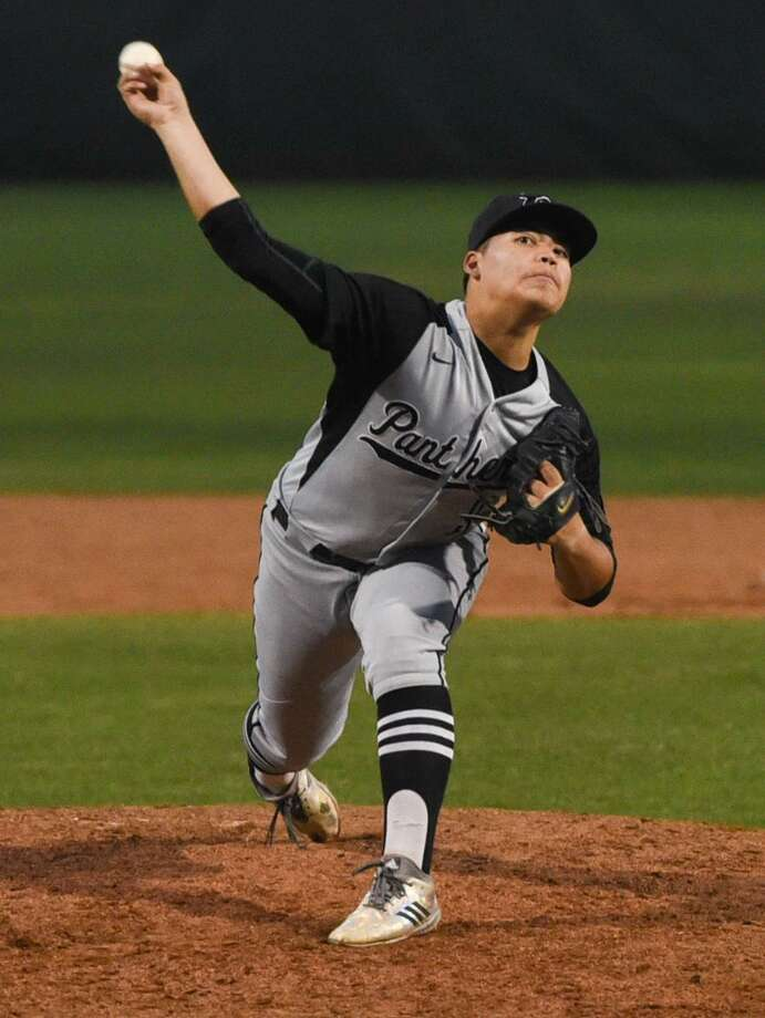 Greg Campos had six strikeouts in six innings Tuesday at the SAC earning the victory as United South edged United 4-3 for outright possession of first place. Photo: Danny Zaragoza /Laredo Morning Times