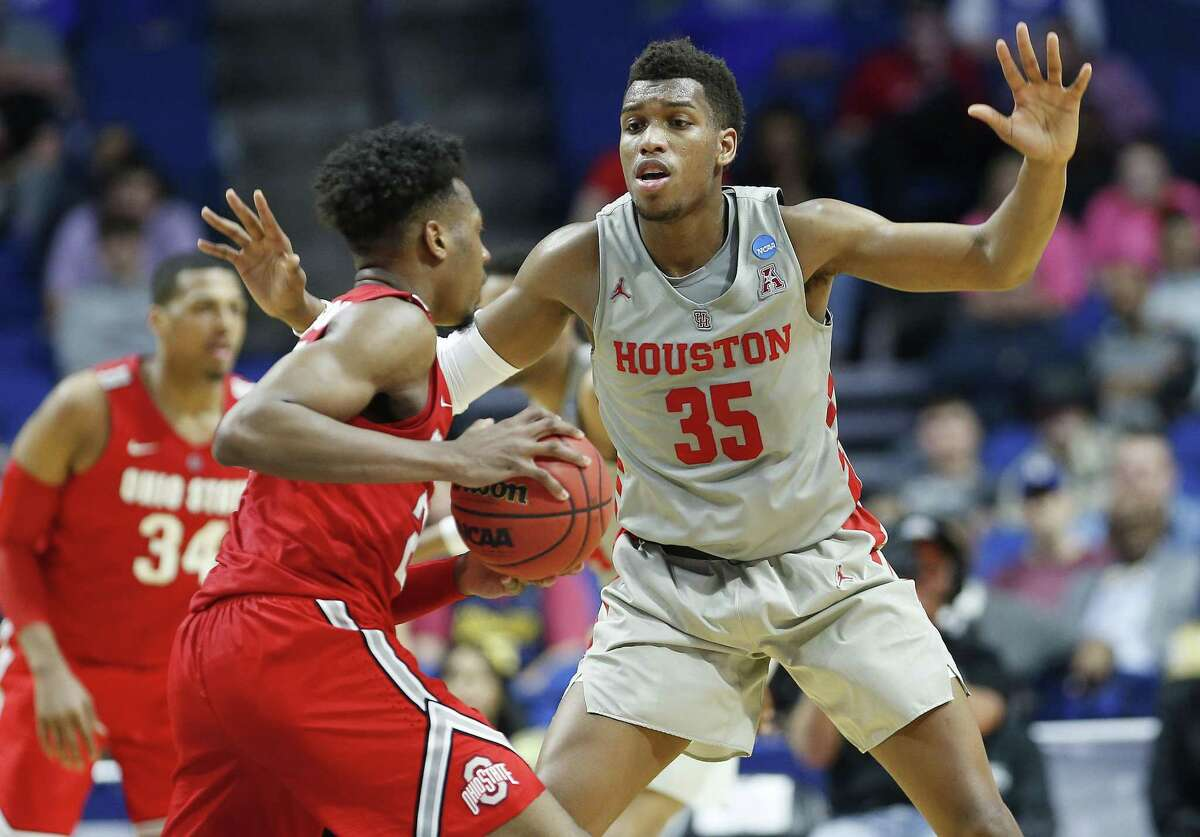 Houston Cougars forward Fabian White Jr. (35) plays defense against Ohio State Buckeyes during the second round of NCAA playoffs at BOK Center in Tulsa on Sunday, March 24, 2019.