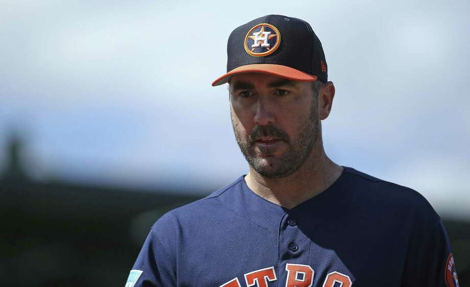 Houston Astros pitcher Justin Verlander walks into the dugout during the second inning against the Miami Marlins in a spring training baseball game at the Roger Dean Chevrolet Stadium on Thursday, March 7, 2019 in Jupiter, Fla. Photo: DAVID SANTIAGO, MBO / Associated Press / Miami Herald