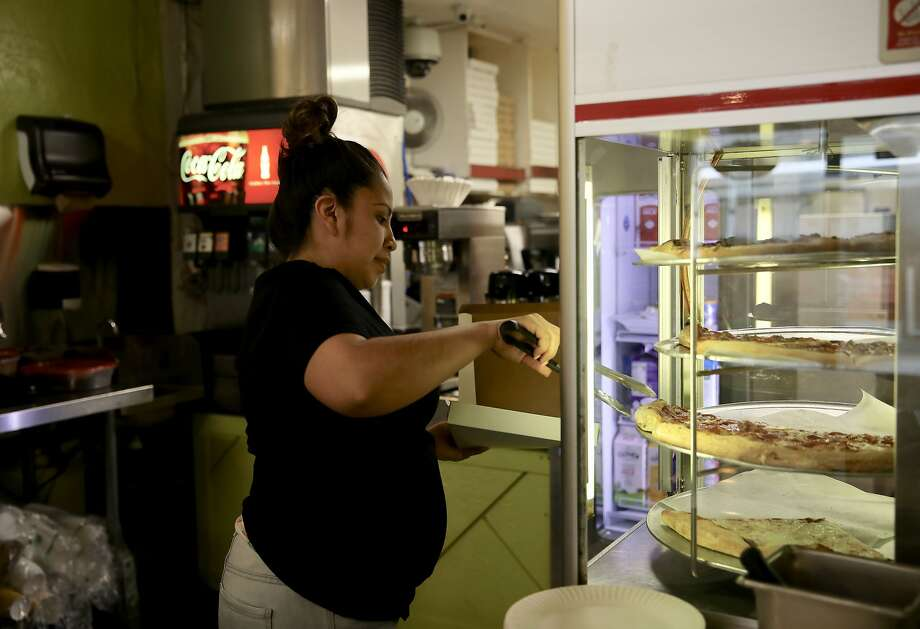 Elizabeth Sanchez, owner of Cybelle's Pizza in Oakland, says the earthquake-warning alert was too short. Photo: Yalonda M. James / The Chronicle