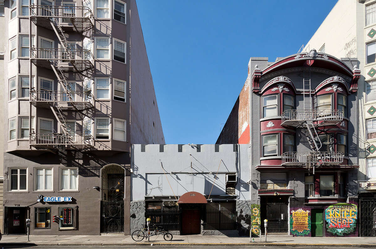 The two-story Edinburgh Castle pub at 950 Geary in San Francisco went up for sale in March 2019. The sales price includes the business and the liquor license.
