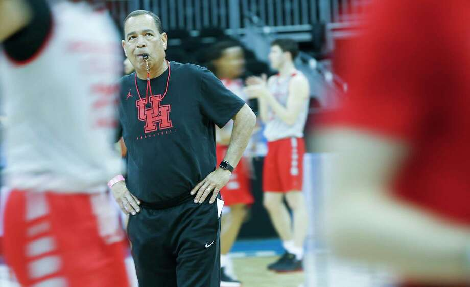 PHOTOS: Cougars practice before facing Kentucky in Sweet 16  Houston Cougars head coach Kelvin Sampson watches over practice on Thursday, March 29. 2019 at the Sprint Center in Kansas City, MO. Houston will take on Kentucky Wildcats on Friday in the NCAA tournament.   >>>See photos from the Cougars' practice on Thursday, one day before facing Kentucky in the Midwest Region semifinals ...  Photo: Elizabeth Conley, Staff Photographer / © 2018 Houston Chronicle
