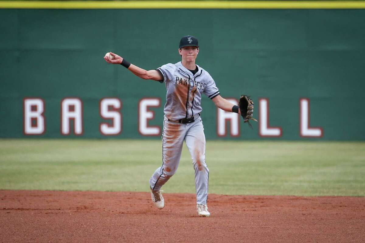 Kingwood Park's Burke Matthew (3) fields the ball during the baseball game against Porter on Saturday, March 24, 2018, at Porter High School. (Michael Minasi / Houston Chronicle)