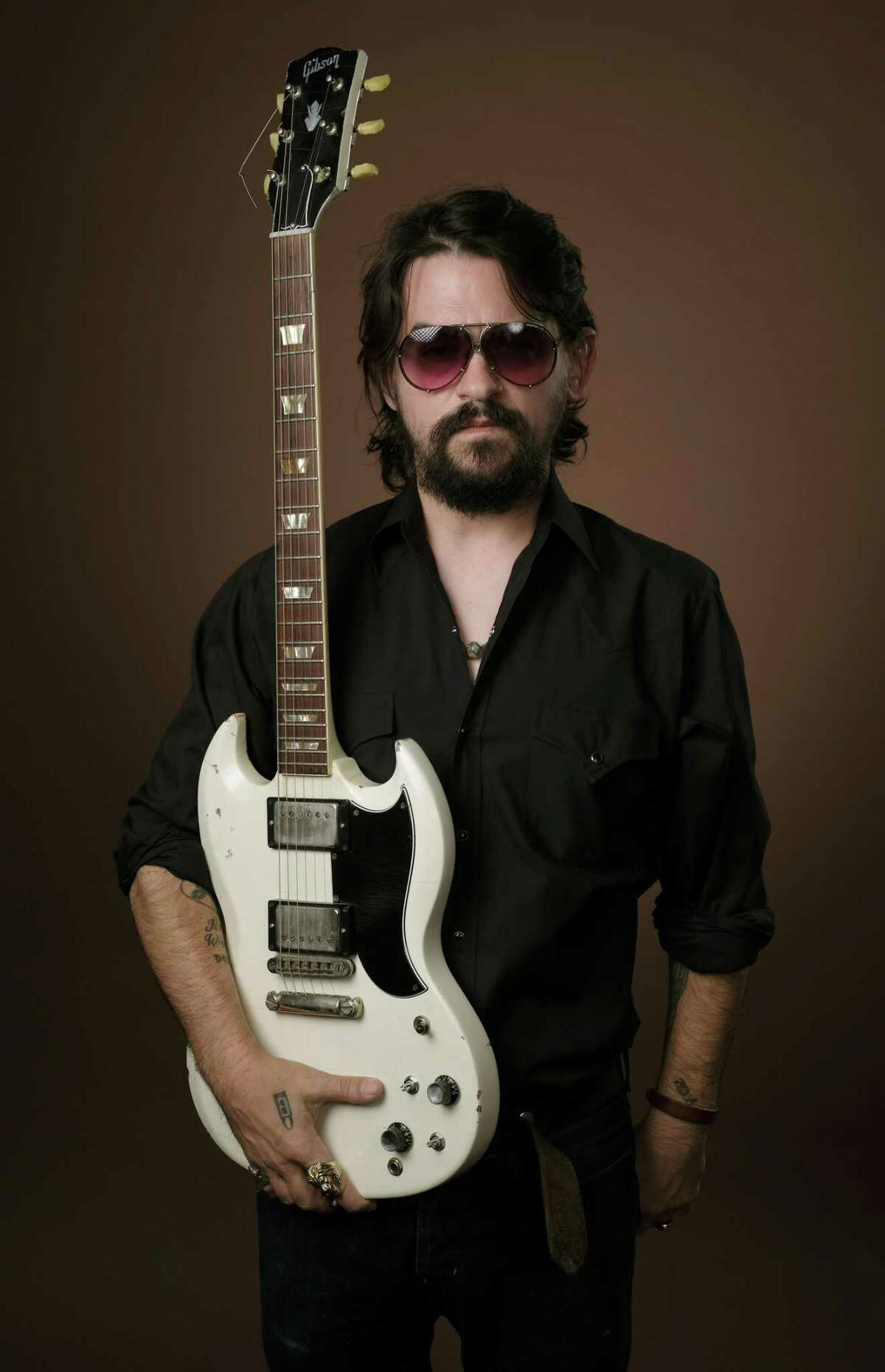 In this July 16, 2018 photo, singer-songwriter Shooter Jennings, son of iconic country musicians, Waylon Jennings and Jessi Colter, poses for a portrait in Los Angeles to promote his latest album,