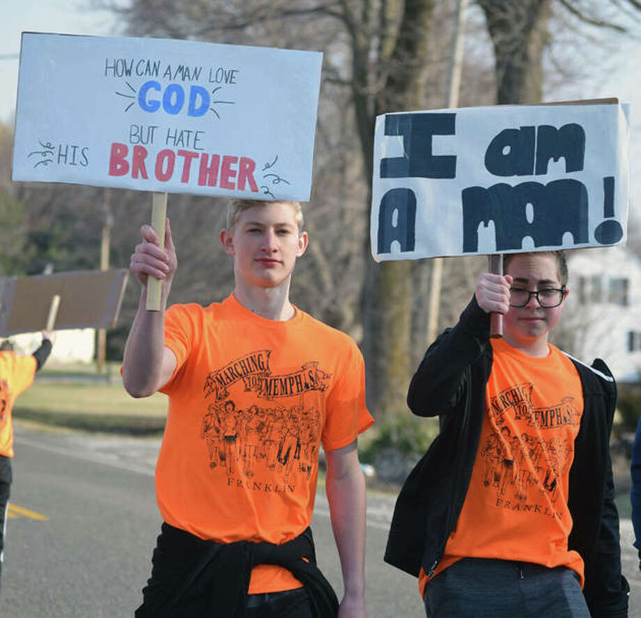 Franklin students walk the 8-mile stretch between Alexander and their school Thursday. Photo: Samantha McDaniel-Ogletree | Journal-Courier