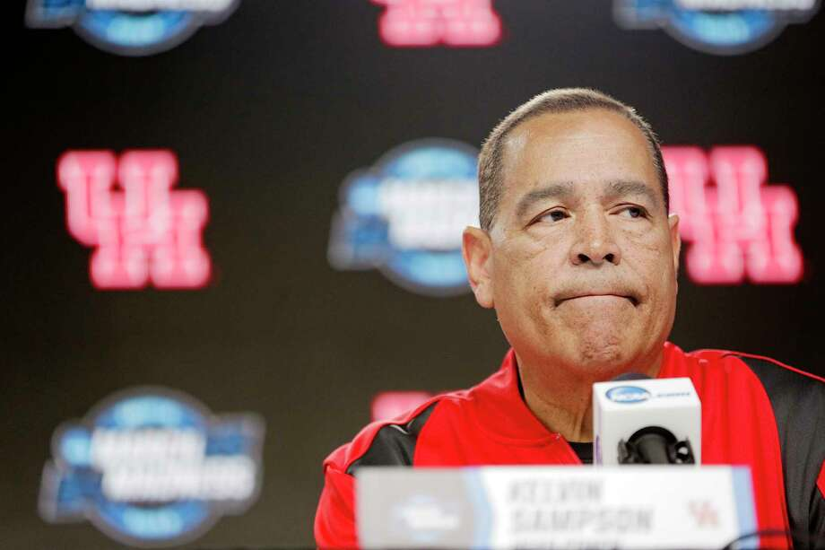 PHOTOS: Cougars return to Houston after NCAA Tournament Houston Cougars head coach Kelvin Sampson answers questions from the media during a press conference on Thursday, March 29. 2019 at the Sprint Center in Kansas City, MO. Houston will take on Kentucky Wildcats on Friday in the NCAA tournament. >>>The Cougars returned to Houston on Saturday, one day after their banner season ended in a loss to Kentucky in the Sweet 16 ... Photo: Elizabeth Conley, Staff Photographer / © 2018 Houston Chronicle