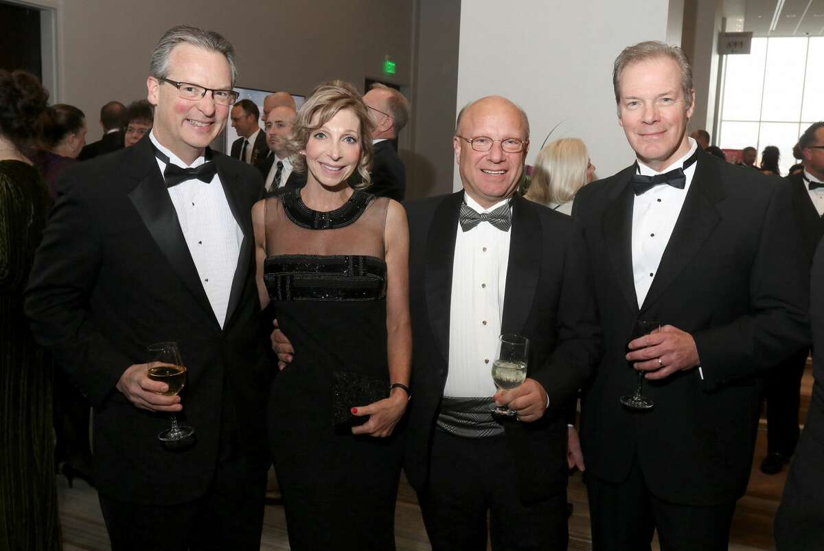 Were you Seen at the Annual Dinner of the Capital Region Chamber of Commerce at the Albany Capital Center on Thursday, March 28, 2019?