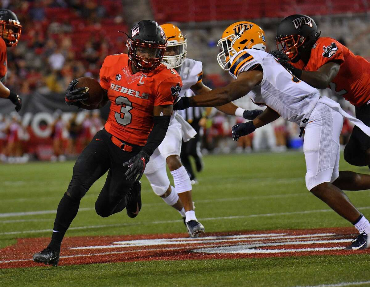 PHOTOS: Texans work a day at IAH LAS VEGAS, NV - SEPTEMBER 08: running back Lexington Thomas #3 of the UNLV Rebels runs against defensive back Justin Rogers #13 of the UTEP Miners during their game at Sam Boyd Stadium on September 8, 2018 in Las Vegas, Nevada. (Photo by Sam Wasson/Getty Images) >>>See Texans players work with United Airlines at George Bush Intercontinental Airport ...