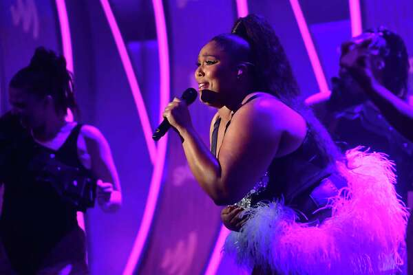 BEVERLY HILLS, CALIFORNIA - MARCH 28: Lizzo performs onstage at the 30th Annual GLAAD Media Awards Los Angeles at The Beverly Hilton Hotel on March 28, 2019 in Beverly Hills, California.