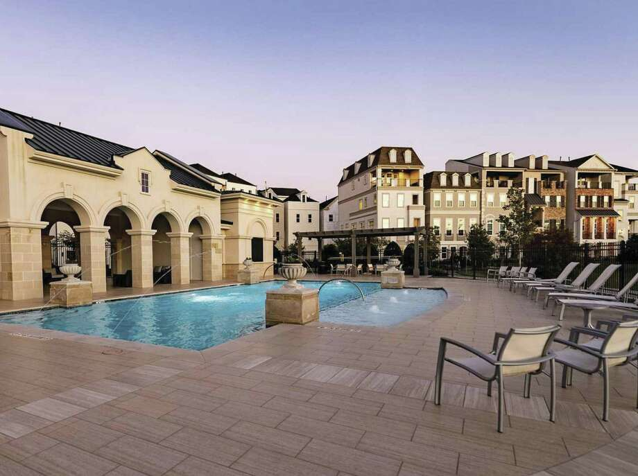 Somerset Green, a guard-gated community inside Loop 610, offers residents a warm-weather retreat complete with resort-style amenities throughout.