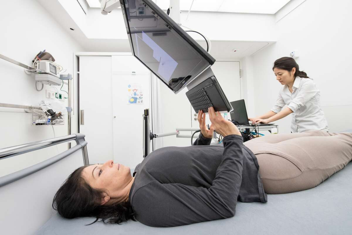 To prepare for long-term missions into the depths of space, the German Aerospace Center (also known as the DLR), European Space Agency (ESA) and NASA are conducting their first joint long-term bed-rest study, the Artificial Gravity Bed Rest Study (AGBRESA).Researchers are currently seeking applicants for the second campaign, which begins Sept. 3.
