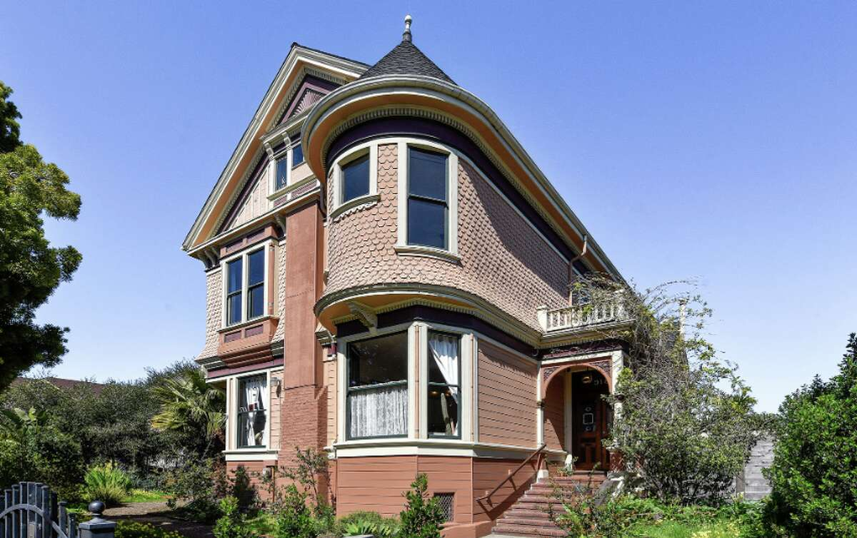 An iconic 1890 Queen Anne in West Oakland known as the Hume-Willcutt estate is an Oakland Historic Landmark.