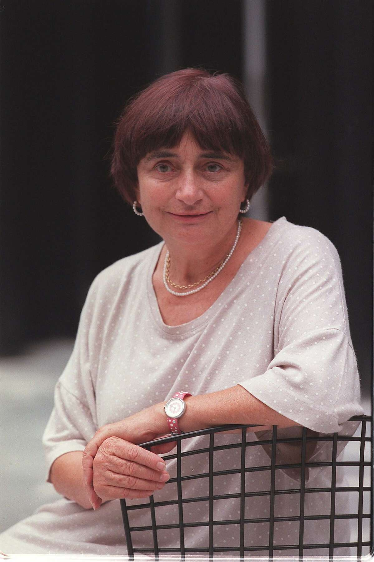 FILE - Agnès Varda, the acclaimed French filmmaker, in New York, Sept. 18, 1997. Varda, an emblematic feminist and cinematic firebrand whose innovations predated the work many other filmmakers in the New Wave movement which she was often identified with, died at home in Paris on March 29, 2019. She was 90. (Sara Krulwich/The New York Times)