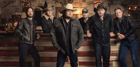"The Randy Rogers Band's new album ""Hellbent"" arrives on Friday."