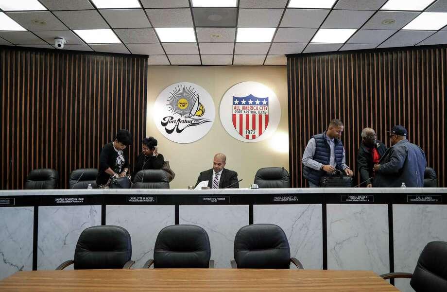 Derrick Freeman, the mayor of Port Arthur, works as a city council meeting wraps up, Tuesday, Nov. 20, 2018, in Port Arthur. Photo: Jon Shapley, Staff Photographer / Staff Photographer / © 2018 Houston Chronicle