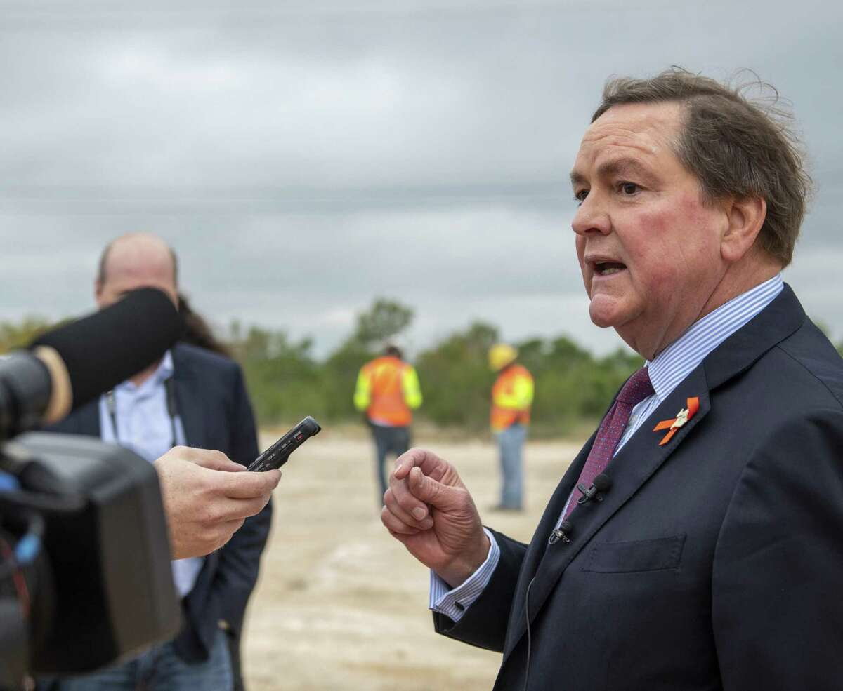 PSP hosted Texas Department of Transportation Chairman Bruce Bugg on a two-day visit that included tours of the region and its production facilities and individual meetings with business and government leaders.