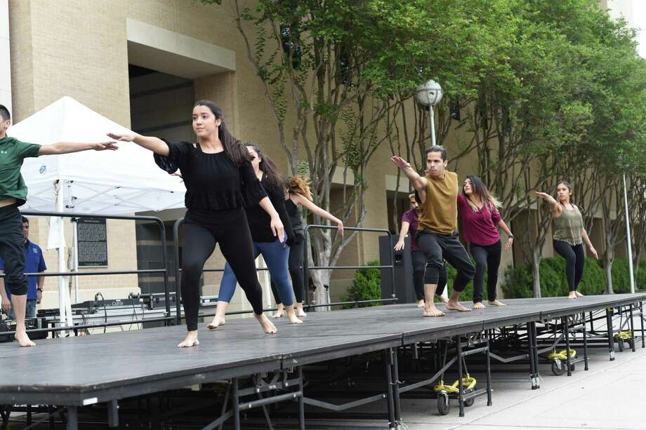 A dance performance is shown during the 'Discover TAMIU' event on April 7, 2018 at campus grounds. Photo: Christian Alejandro Ocampo /Laredo Morning Times / Laredo Morning Times