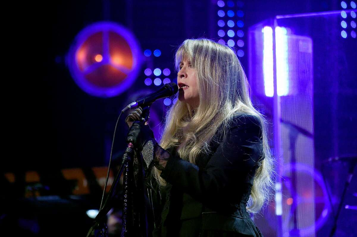 NEW YORK, NEW YORK - MARCH 29: Inductee Stevie Nicks performs at the 2019 Rock & Roll Hall Of Fame Induction Ceremony - Show at Barclays Center on March 29, 2019 in New York City. (Photo by Jamie McCarthy/Getty Images For The Rock and Roll Hall of Fame)