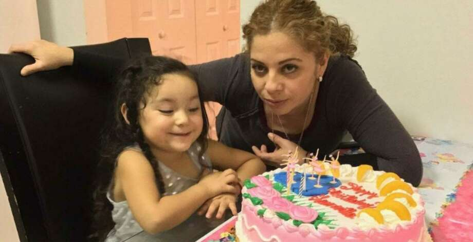 Melvin Griselda Cruz-Lopez poses with her 6-year-old U.S.-citizen daughter Samantha. Cruz-Lopez faces imminent threat of deportation after her asylum appeal was denied last week. Photo: Courtesy Photo