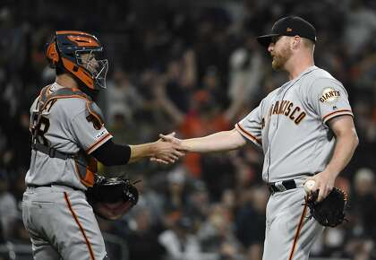 Giants must find right-handed threats to counter trend of lefty starters