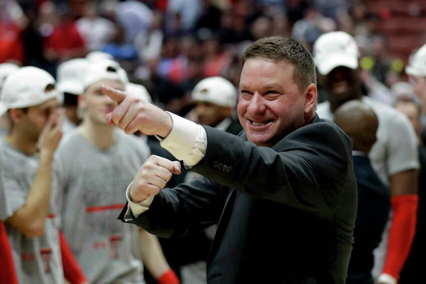 3. Chris Beard, Texas Tech New contract: $4.57 million per year (Signed a 6-year, $27.45 million contract extension on April 29)