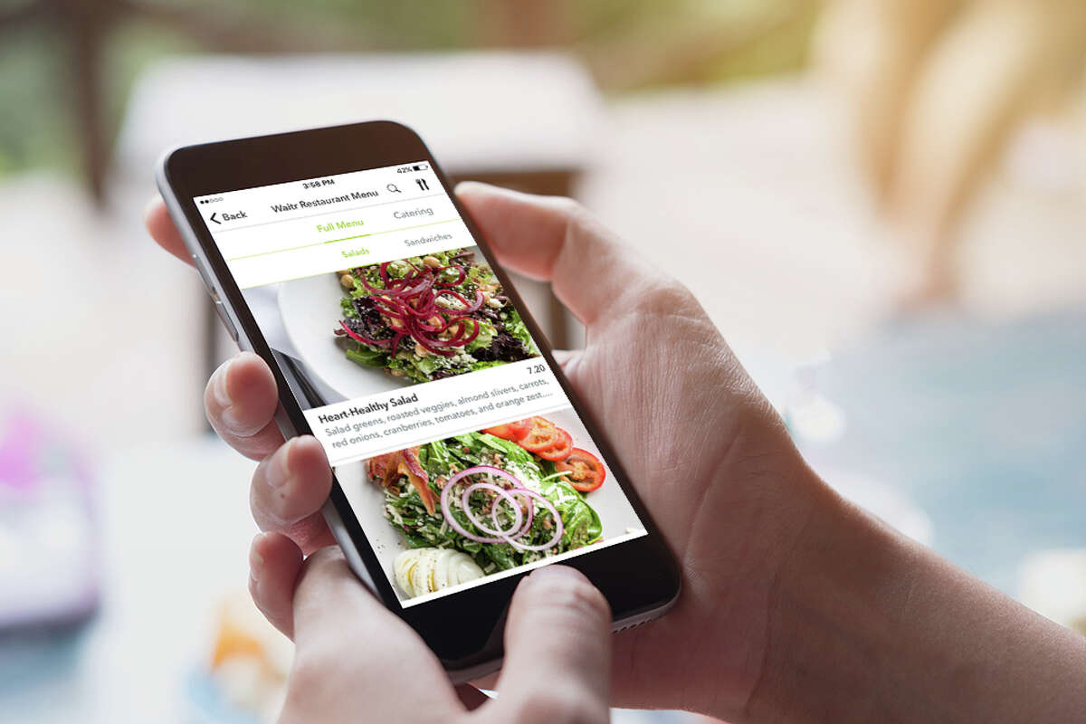 Waitr's app provides photos of menu items from participating restaurants.