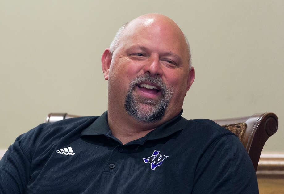 Willis athletic director Eric Ezar is leaving his position to become the next head football coach at Bryan Rudder. Photo: Jason Fochtman / © 2017 Houston Chronicle