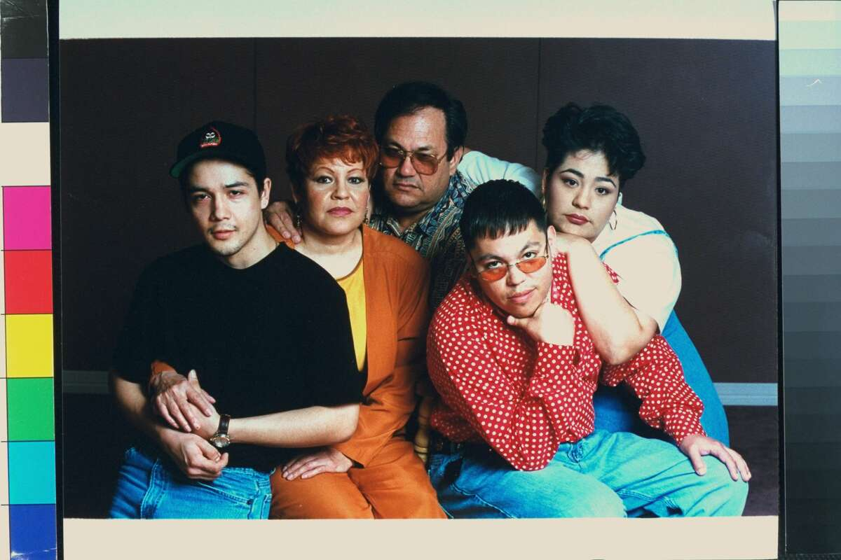 (L-R) Family of late tejano singer Selena who was shot by her former fan club pres. Yolanda Saldivar: husband Chris Perez, parents Marcela & Abraham Quintanilla, & siblings A.B. & Suzette. (Photo by Barbara Laing/The LIFE Images Collection/Getty Images)
