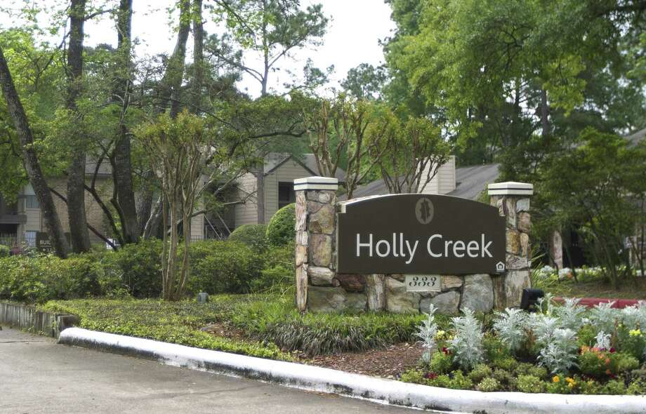 The Holly Creek apartments are seen Friday, March 29, 2019, in The Woodlands. Photo: Jason Fochtman, Houston Chronicle / Staff Photographer / © 2019 Houston Chronicle