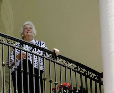 FILE — Former first lady Barbara Bush visits the White House on May 10, 2006. In the months before her death in 2018, Bush, the wife of one Republican president and the mother of another, abandoned the party she and her family had spent their whole lives building, horrified by President Donald Trump's election and deeply disturbed by his administration. (Doug Mills/The New York Times)