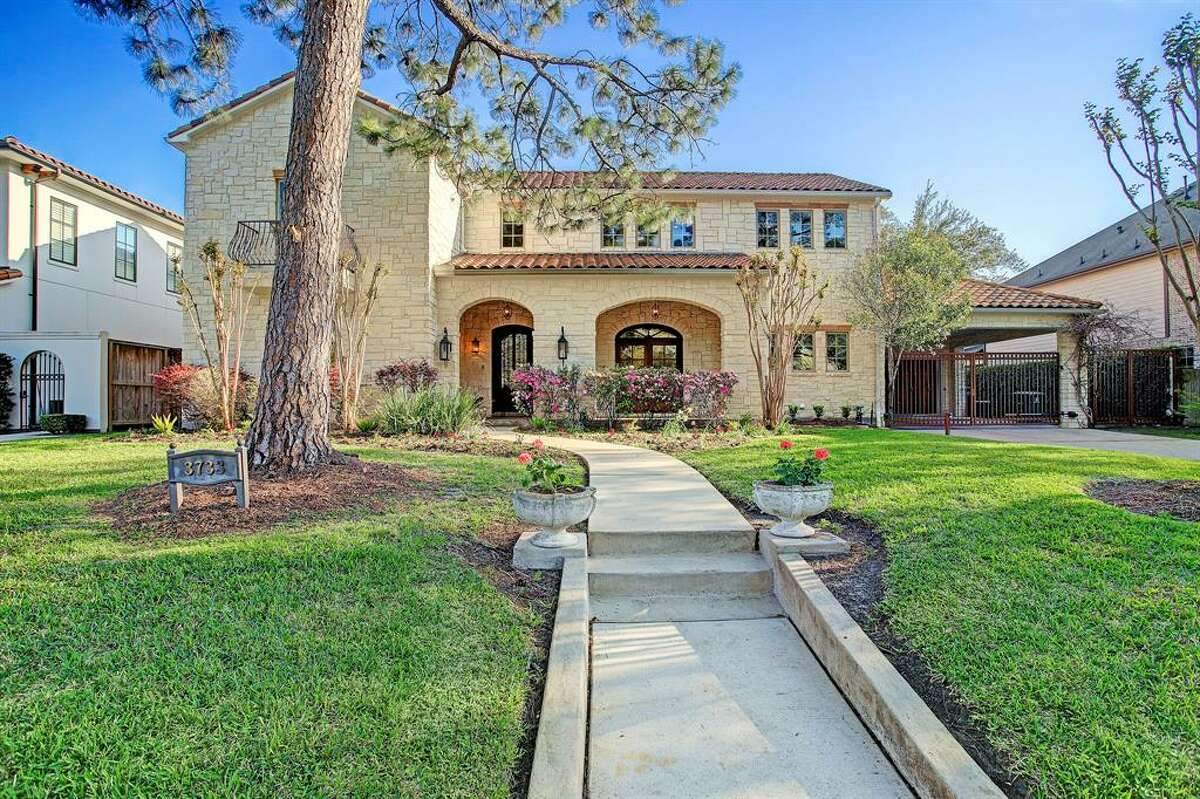 20. Neighborhood: Braeswood Place10-year land value appreciation: 23 percent5-year land value appreciation: -28 percentSee this listing.