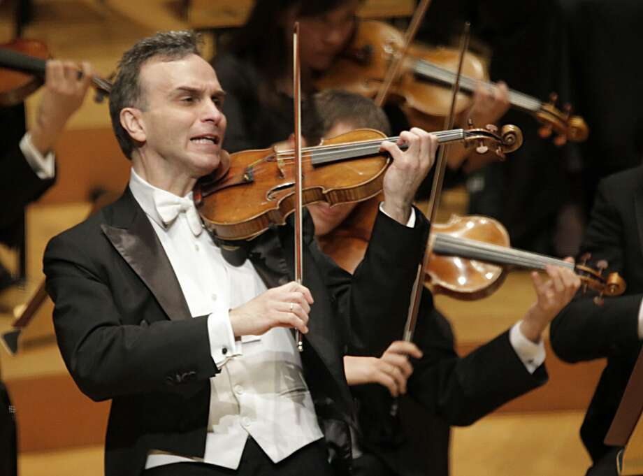 Gil Shaham, above as soloist with the the LA Philharmonic in 2013, will perform Beethoven's Violin Concerto with the Greater Bridgeport Symphony on April 13. Photo: Lawrence K. Ho / LA Times / Getty Images / 2015 Los Angeles Times
