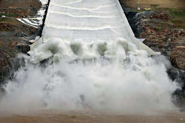Oroville Dam spillway passes first major test since repairs