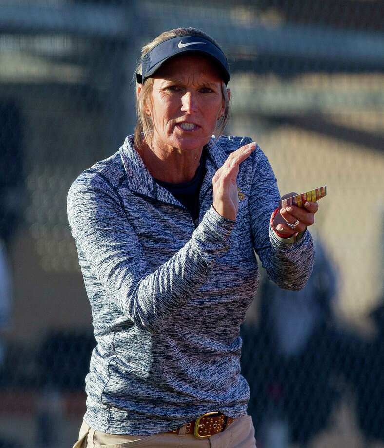 Lake Creek head coach Michelle Rochinski was selected as the District 20-5A Coach of the Year. Photo: Jason Fochtman, Houston Chronicle / Staff Photographer / © 2019 Houston Chronicle