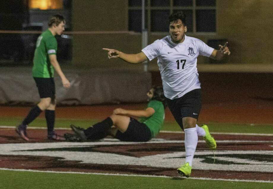 Willis senior Jesus Frias (17) celebrates after scoring in the first half of a Region III-5A playoff soccer match Tuesday, April 2, 2019 at A&M Consolidated High School in College Station. Photo: Cody Bahn, Houston Chronicle / Staff Photographer / © 2018 Houston Chronicle