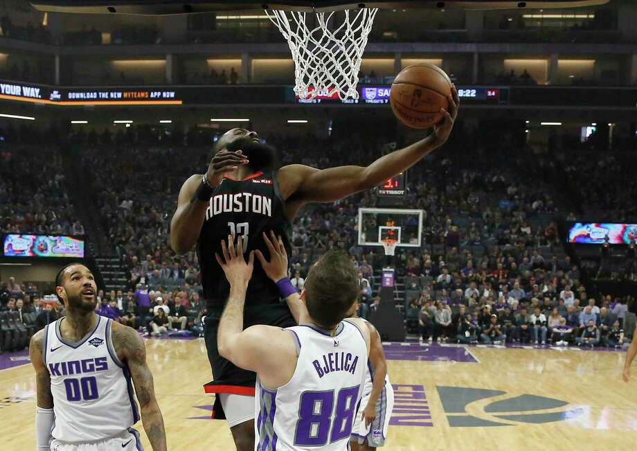 0cefe0c5ee9 James Harden leads Rockets to blowout victory against Kings ...
