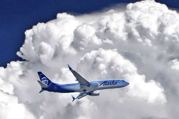 Alaska Airlines is offering double miles on California transcon flights.