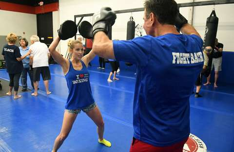 Boxing program fights back against Parkinson's disease - Houston ...
