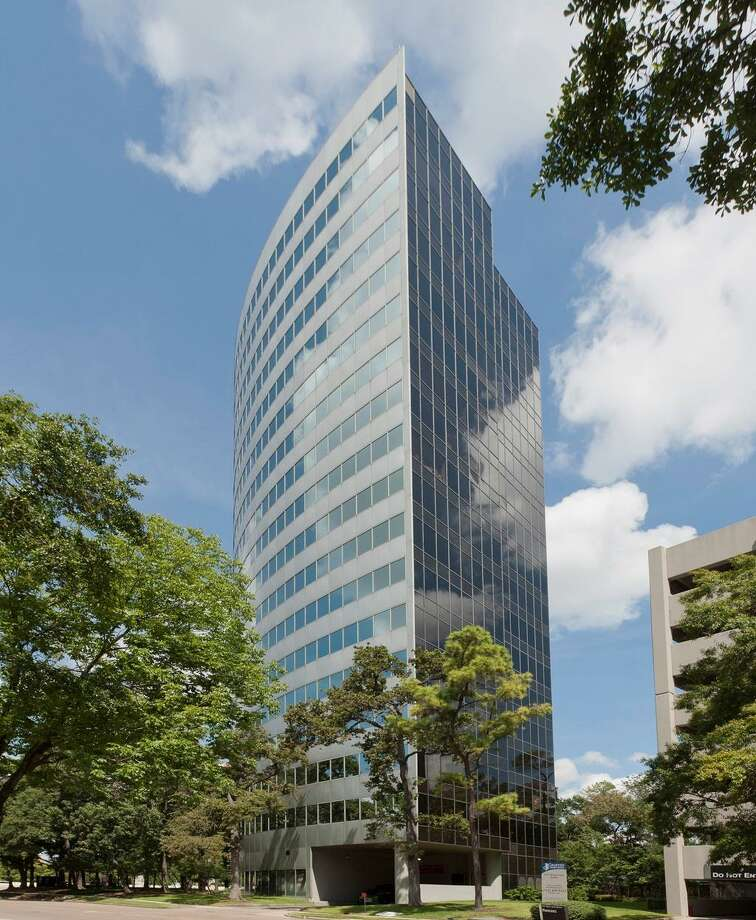 Hicks Ventures and Taconic Capital Advisors plan improvements to 1177 West Loop South. The building was purchased from Dallas-based Spire Realty Group. Photo: CBRE / handout