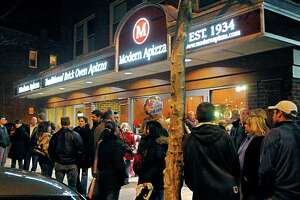 A line outside of Modern Apizza on State Street.