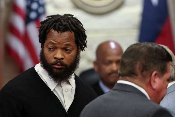 Philadelphia Eagles defensive end Michael Bennett appears in Harris County Civil Court Monday, March 26, 2018, in Houston. ( Godofredo A. Vasquez / Houston Chronicle )