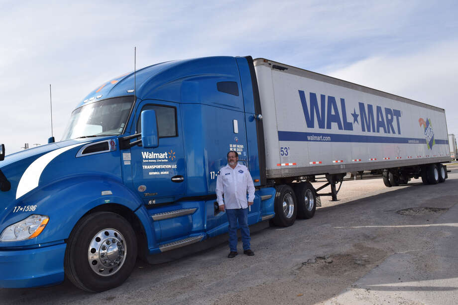 John Hanna celebrated 4 million safety miles traveled on Tuesday. Photo: Ellysa Harris/Plainview Herald