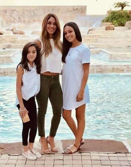 Nichol Leila Olsen is shown with her daughters, London Sophia Bribiescas, left, and Alexa Denice Montez, right. The three were found shot to death in a luxury home in the gated Anaqua Springs Ranch subdivision near Leon Springs on Jan. 10, 2019. The Bexar County Medical Examiner's office ruled Olsen's death a suicide and her daughters' deaths as homicides. Photo: Courtesy Photo /Carlos Montez