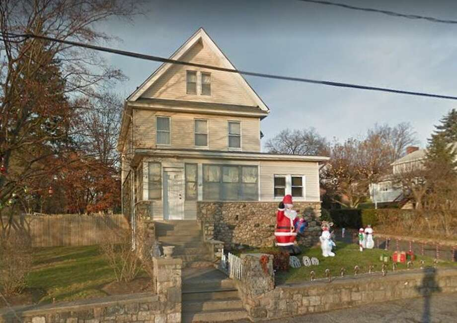 10 Henry St. in Darien sold for $616,000. Photo: Google Street View