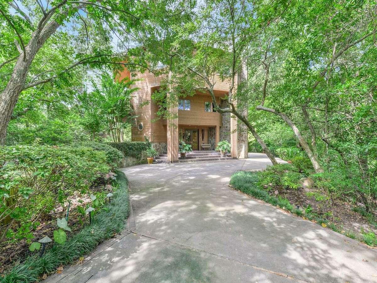 Piney Point Village Average home price: $3.3 million2002 N. Arrowwood Circle: $1.3 million / 4,575 square feet